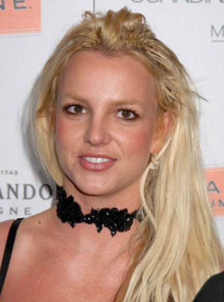 How rich is britney spears-9756