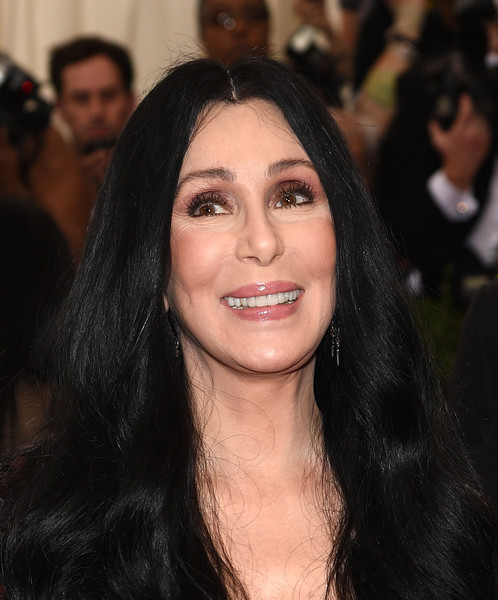 How rich is Cher?