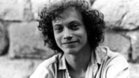 Gary Sinise Young
