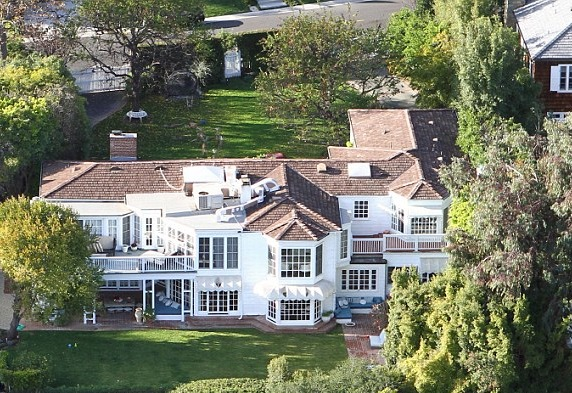 Kate Hudson Old House