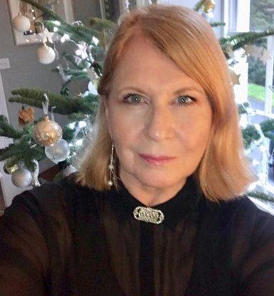 Linda Evans biography