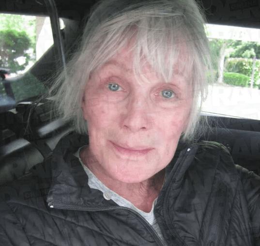 Linda Evans Car