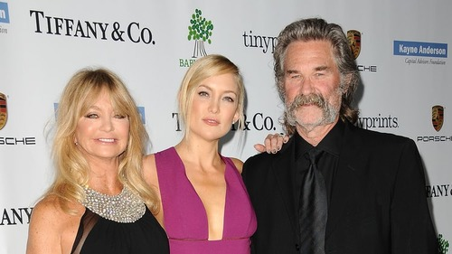 Kate Hudson with her mother Goldie Hawn and stepdad Kurt Russell