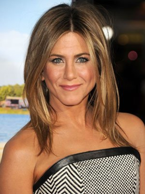 How much does Jennifer Aniston spend on her beauty?