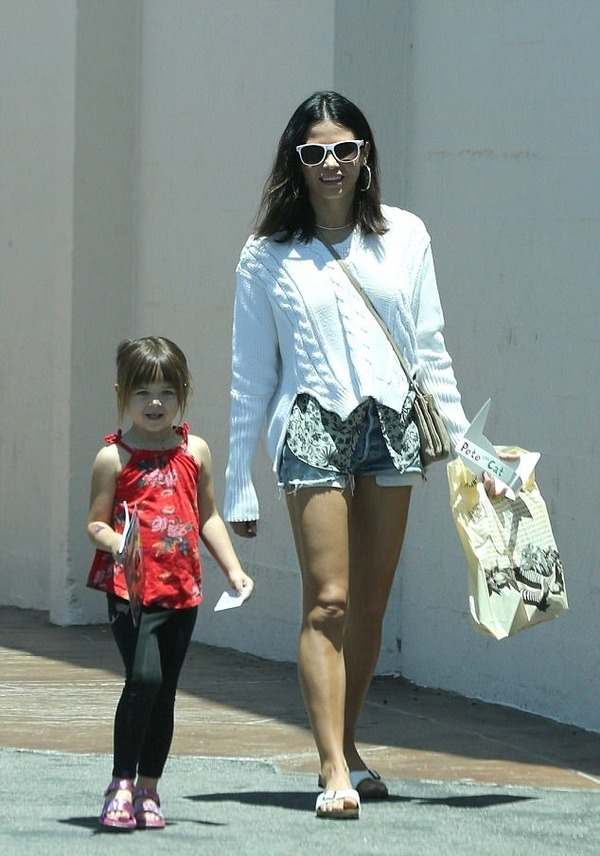 Everly Tatum and her mother Jenna Dewan
