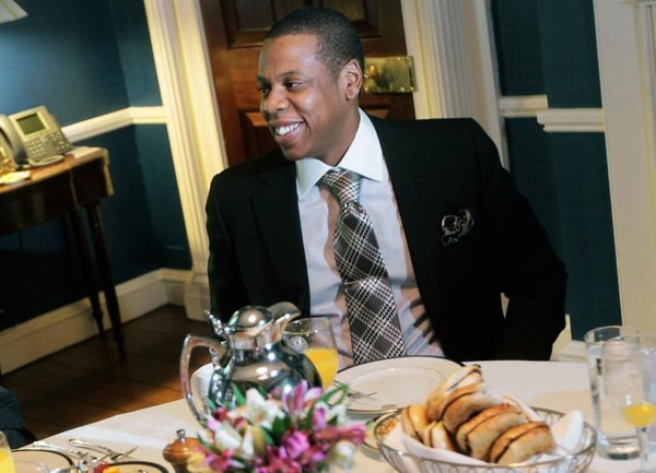 Jay Z high bill in a restaurant