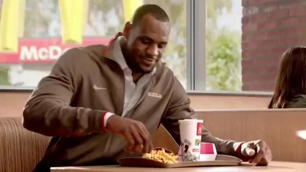 James LeBron paid the highest bill in a restaurant