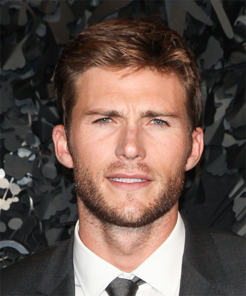Learn About Scott Eastwood Net Worth. How Rich Is The Actor?
