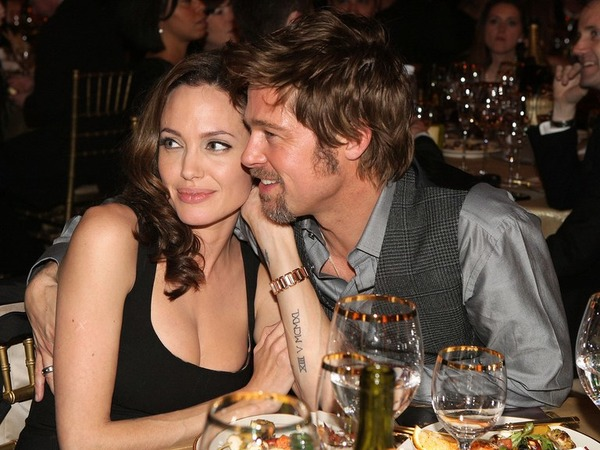Brad Pitt and Angelina Jolie paid a high bill in a restaurant