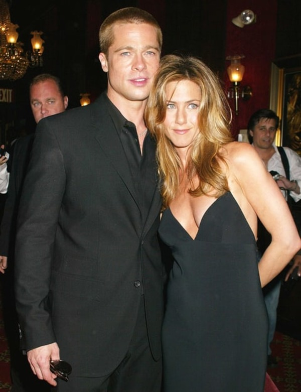 Brad Pitt's Gift to Jennifer Aniston