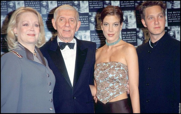 Aaron Spelling with his wife Candy and children Tori and Randy