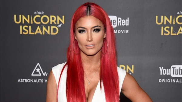 How rich is Eva Marie?