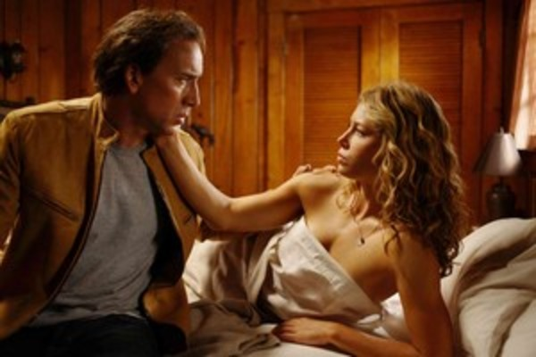 Jessica Biel and Nicolas Cage in Next