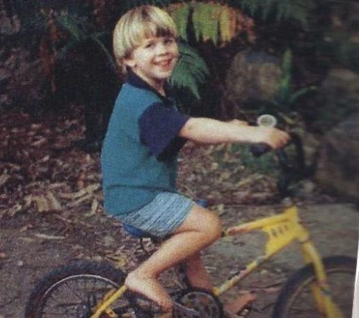 Small Liam Hemsworth