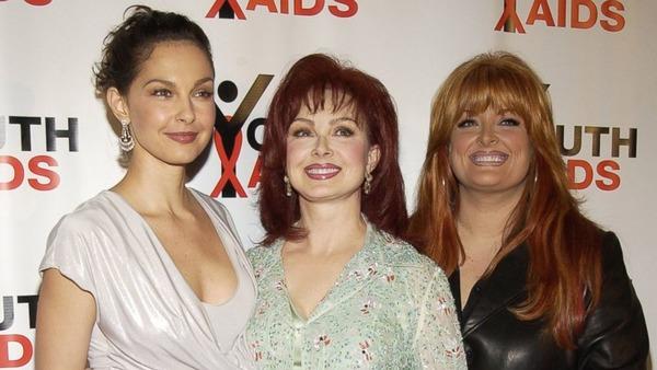 Ashley Judd, Naomi Judd and Wynona Judd