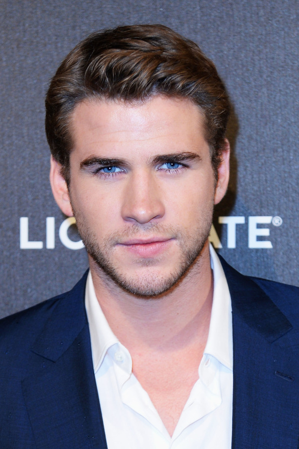 How rich is Liam Hemsworth?