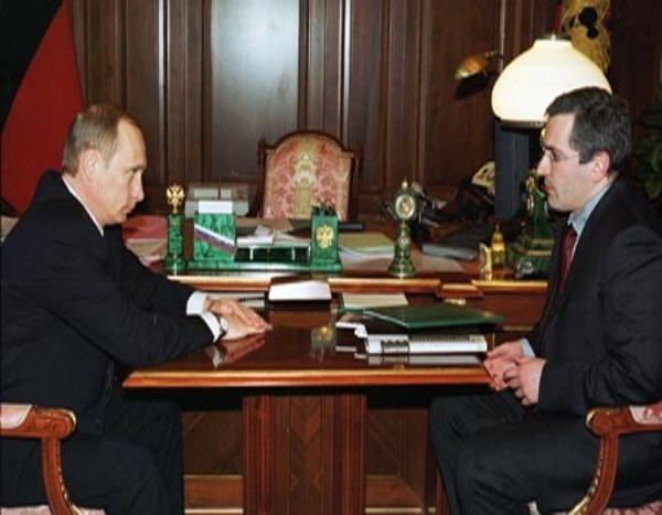 Vladimir Putin and Mikhail Khodorkovsky meet in 2002