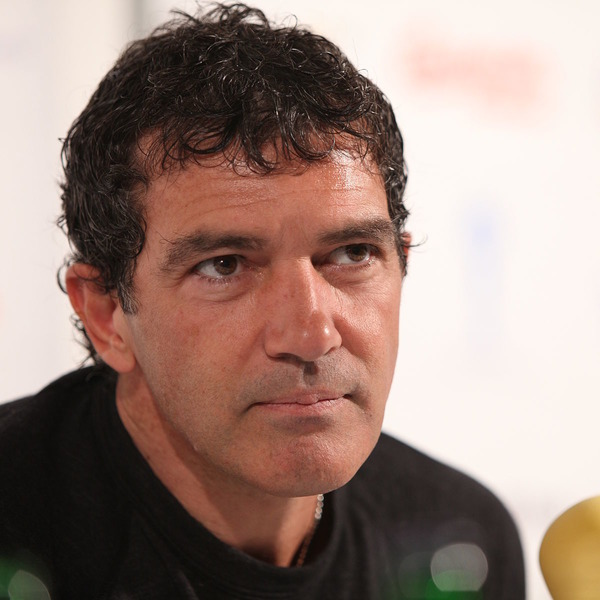 How rich is Antonio Banderas?