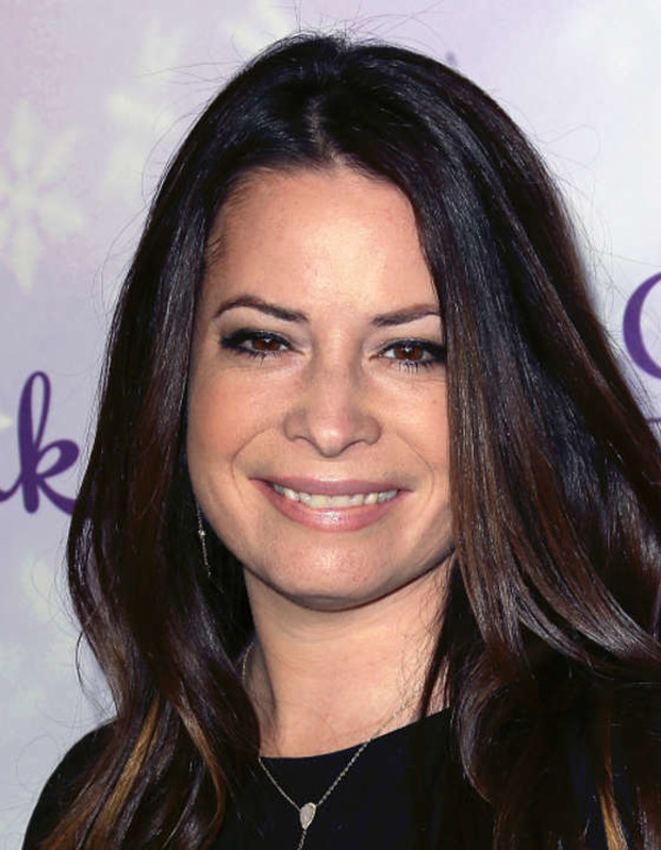 How rich is Holly Marie Combs?
