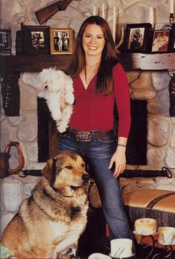 Holly Marie Combs animals