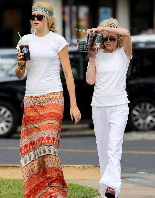 Ireland Baldwin and Kim Basinger