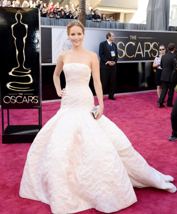 Jennifer Lawrence red carpet dress from Dior