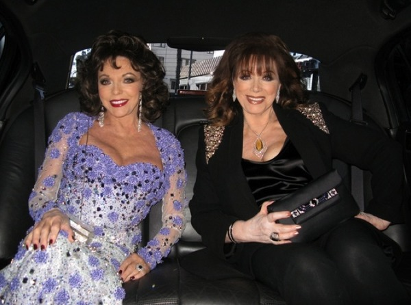 Jackie Collins (on the left) and her sister Joan Collins