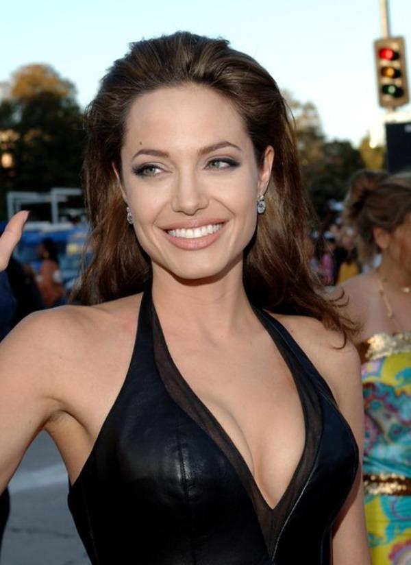 Angelina Jolie favorite perfume