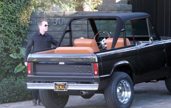 Kiefer Sutherland car