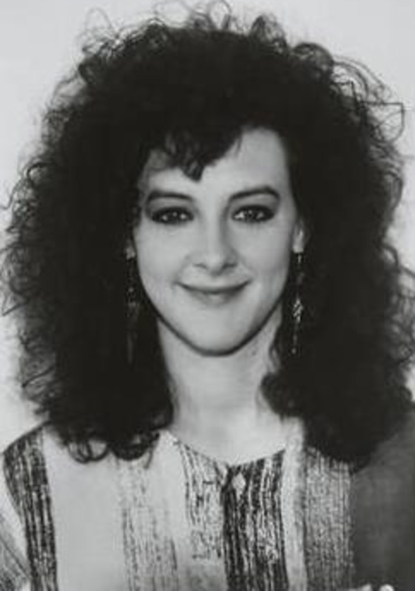 Joan Cusack young