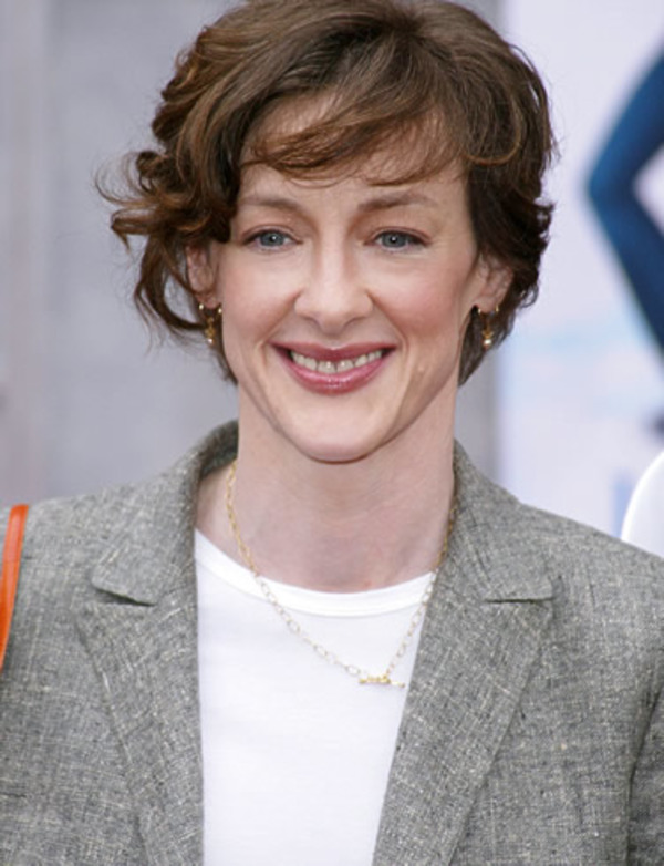 Joan Cusack biography