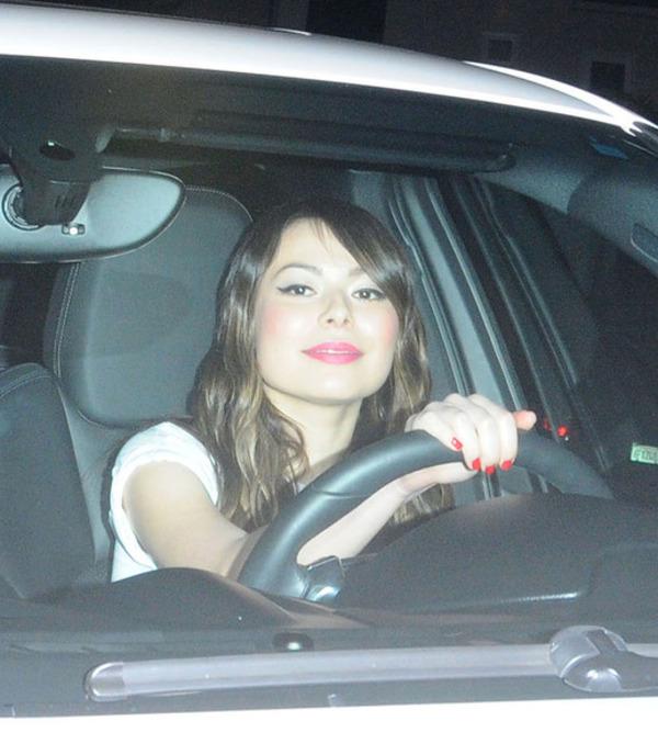 Miranda Cosgrove car