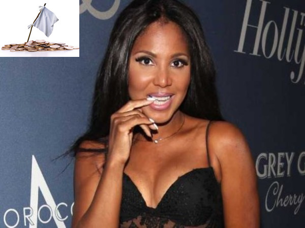 Toni Braxton as one of famous bankrupts