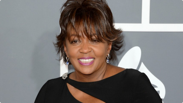 How rich is Anita Baker?