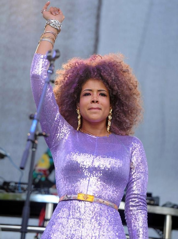 Kelis way on top