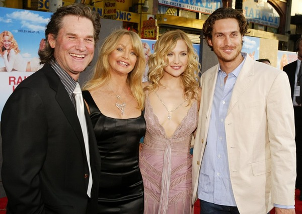 Kurt Russell with his loved one Goldie Hawn and stepchildren Kate Hudson and Oliver Hudson