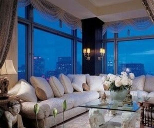 Kurt Russell apartment
