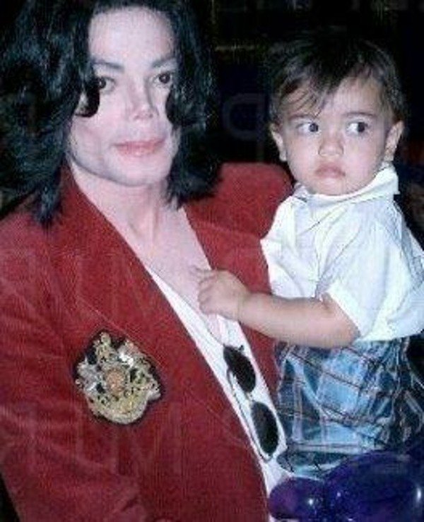 Michael Jackson son Blanket