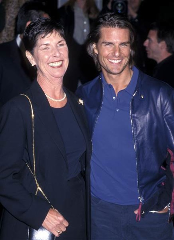 Young Tom Cruise and his mother Mary Lee South