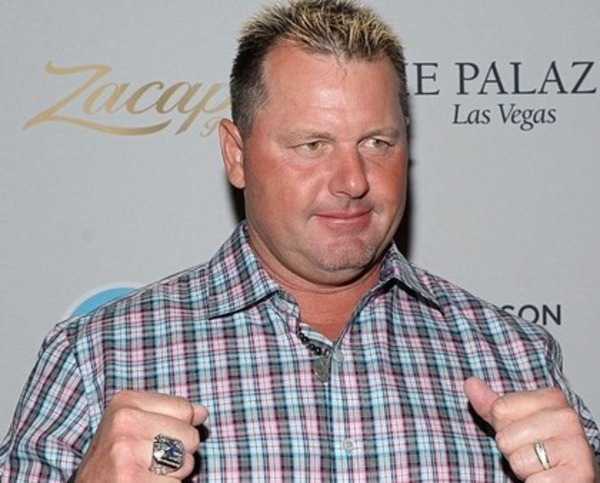 How rich is Roger Clemens?