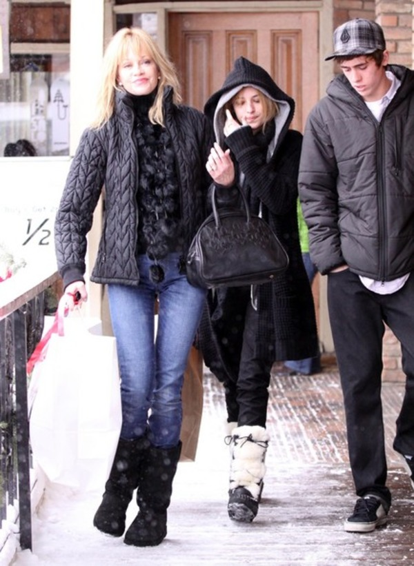 Alexander Bauer, Melanie Griffith and Dakota Johnson go shopping