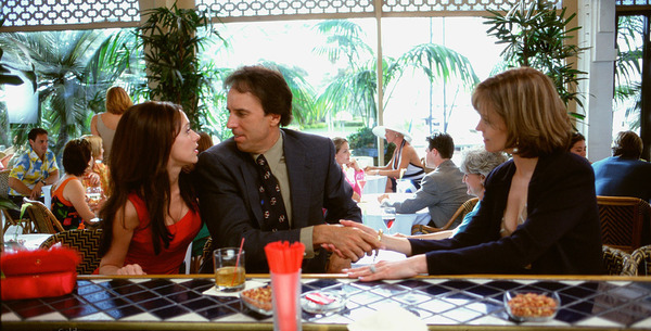 Sigourney Weaver, Jennifer Love Hewitt, and Kevin Nealon in Heartbreakers
