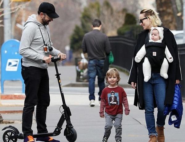 Olivia Wilde with her fiance Jason Sudeikis, son Otis Alexander Sudeikis and daughter Daisy Josephine Sudeikis