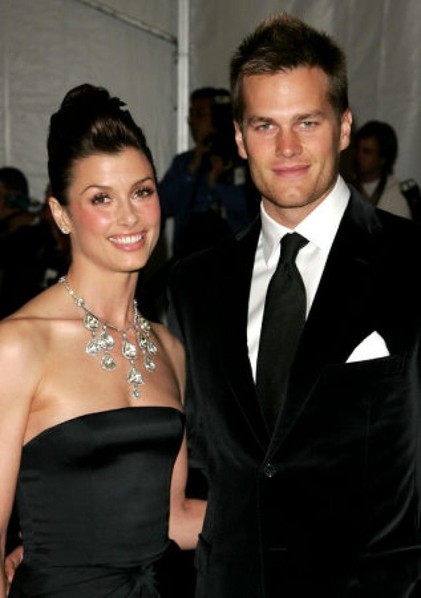 Bridget Moynahan and Tom Brady spit that very month he started dating Gisele