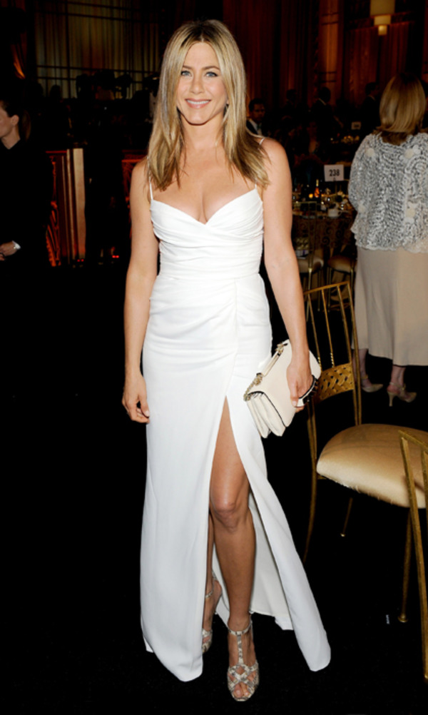Jennifer Aniston in a wedding dress