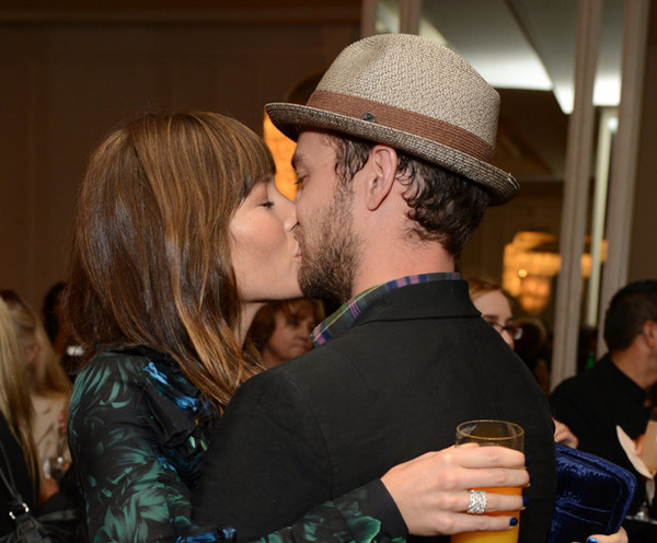 Justin Timberlake proposed Jessica Biel in December, 2011