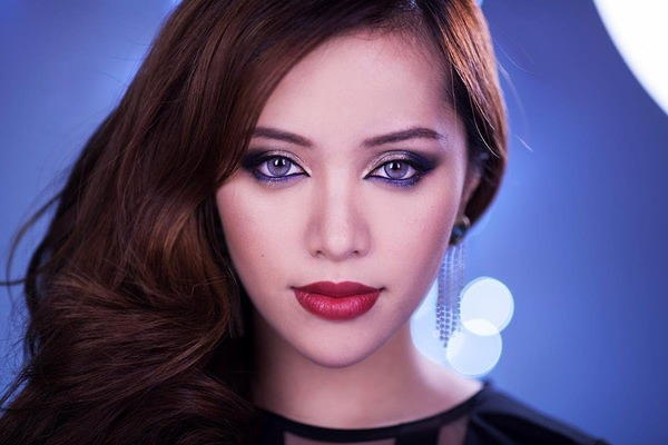 Michelle Phan left YouTube, because she was not happy