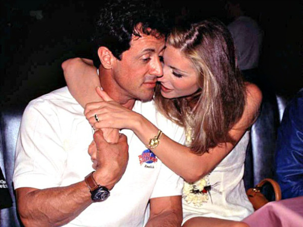 Jennifer Flavin and Sly Stallone met in a restaurant