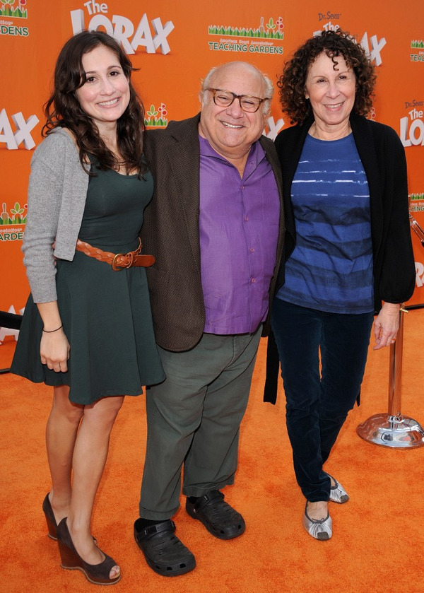 Rhea Perlman, Danny DeVito and their daughter Lucy DeVito
