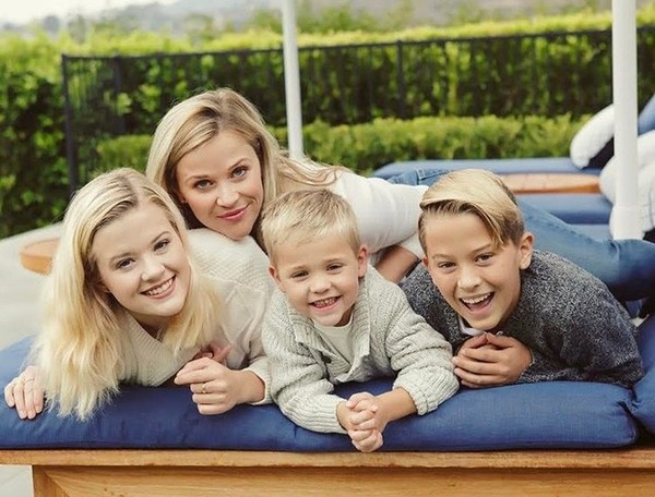 Reese Witherspoon with kids